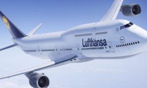 Il rischio di trombosi in aereo aumenta se il volo supera le sei ore